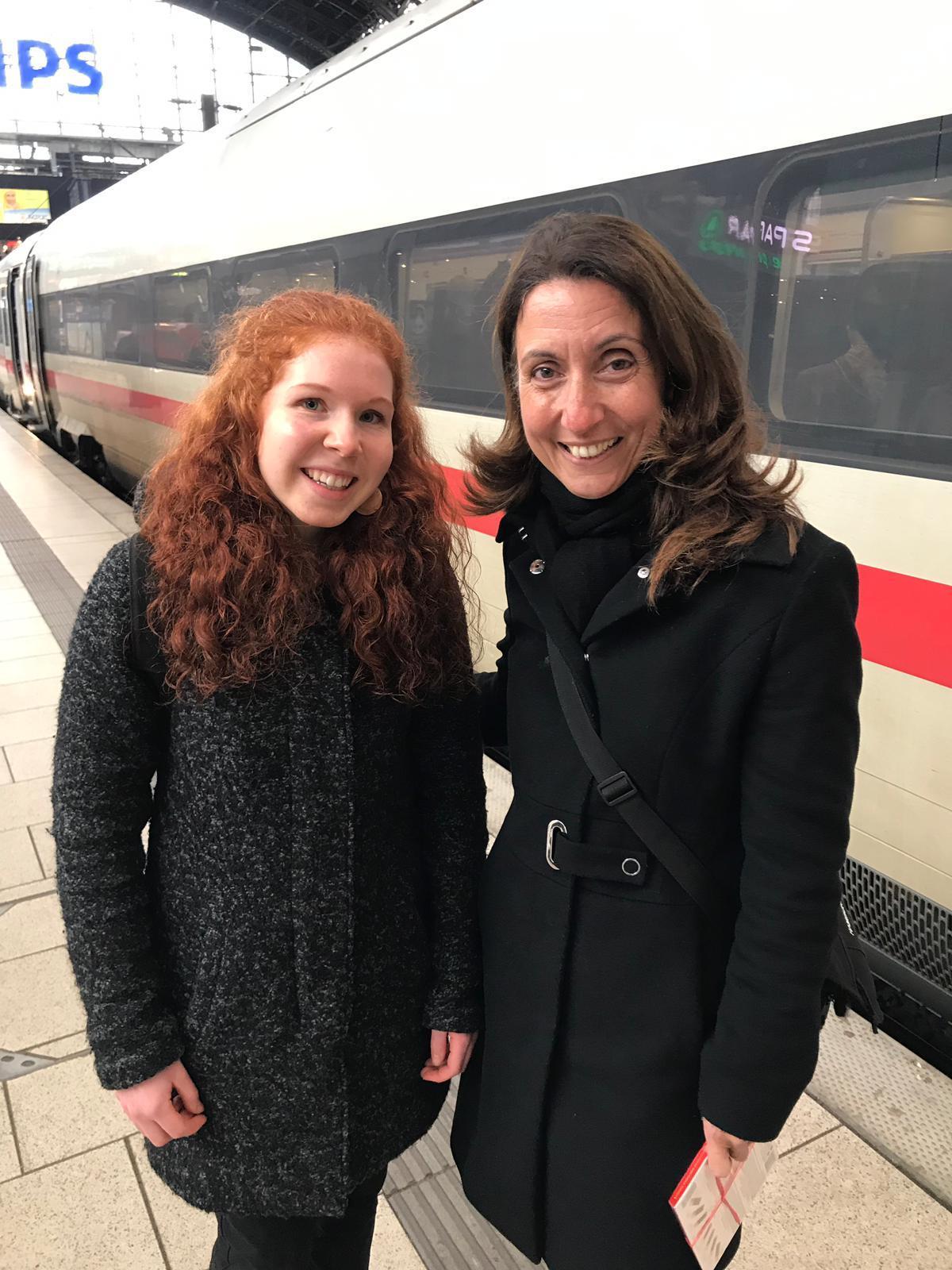 Girls' Day 2019: Linea aus Farmsen-Berne zu Gast im Bundestag