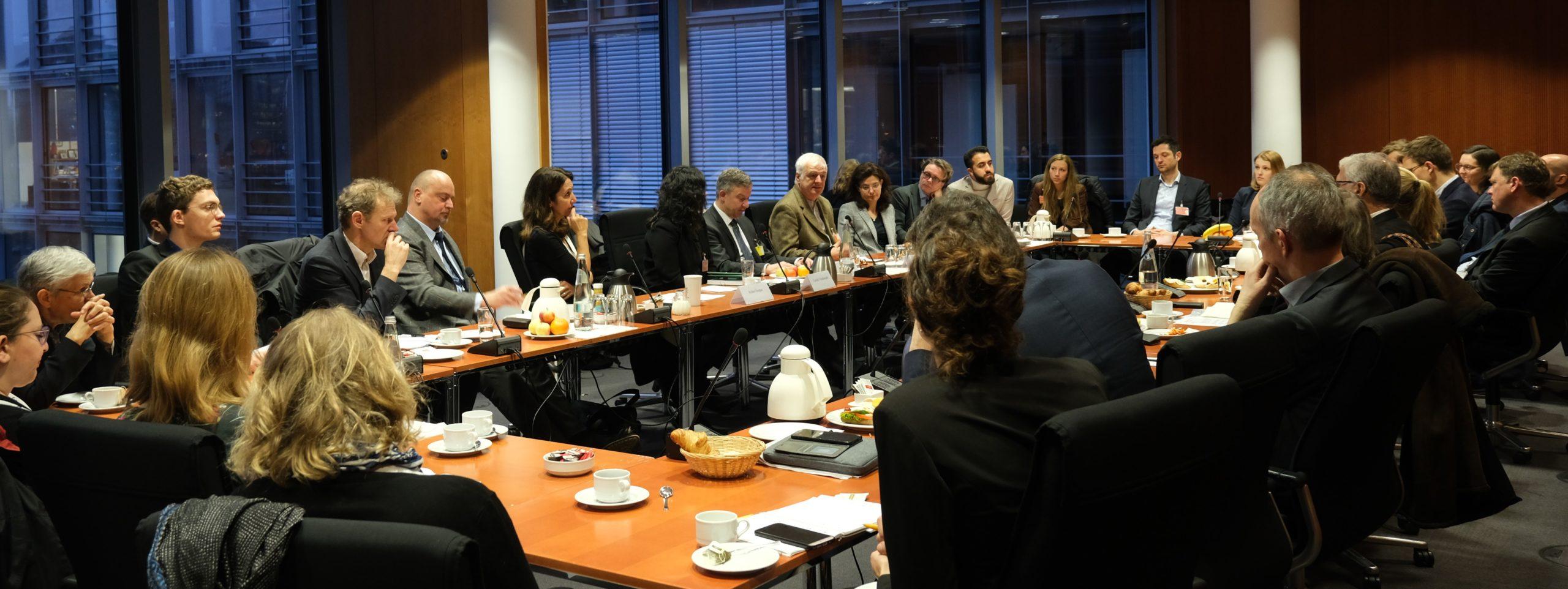 Roundtable der Berghof Foundation zu Afghanistan im Deutschen Bundestag